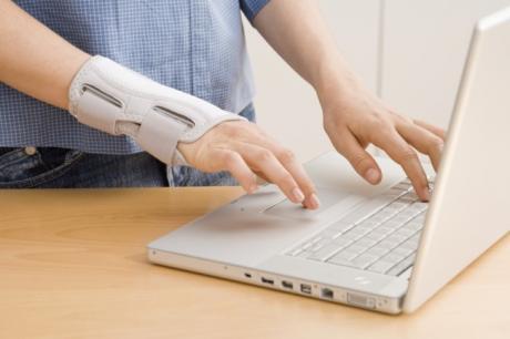 恼人的手腕疼痛-键盘手